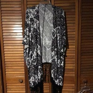 Black and White Patterned Kimono